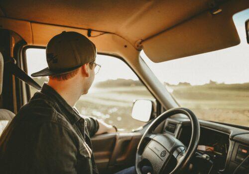 Por qué faltan camioneros